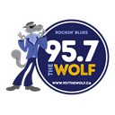 95.7 The Wolf logo