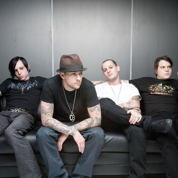 Pochette Lifestyles Of The Rich And Famous Good Charlotte